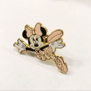 Disney Minnie Mouse ballet trading pin